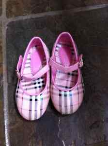 Girls size 2 clothing and size 5/6 shoes