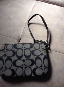 Coach wristlet, black and white, great condition London Ontario image 2