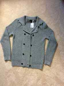 H&M men's sz small sweater BNWT
