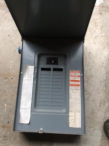 24 breaker square D elec box