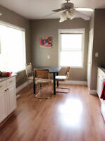13th St E, 15min walk to U of S. Main floor. Utilities included