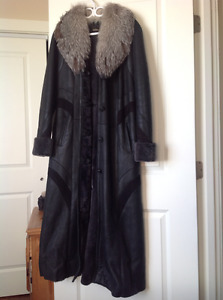 Sheep skin lady's coat with fur collar, L size for $900.00