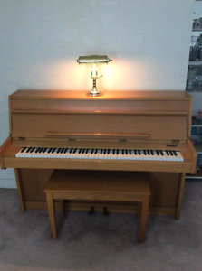 Campbell Apartment size piano