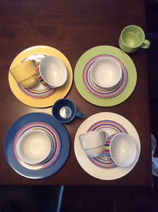 16 Piece Set of Dishes - Never Used