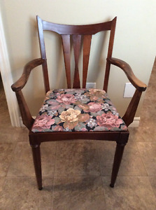 Lovely wood chair