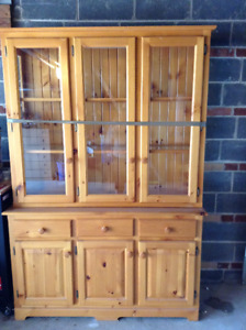 Beautiful Mennonite Solid Pine Buffet And Hutch Finished