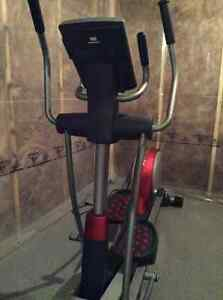 NEW ELLIPTICAL TRAINER - Freemotion XTe