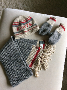 Roots Kids: Hat, Scarf and Mittens