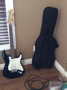 Fender squier strat guitar with crate amp