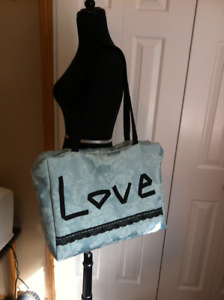 Large Zippered Tote/Travel Bag