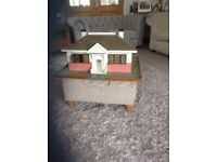 Antique Dolls House / bungalow / furniture