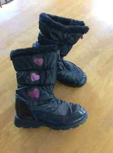 Girl's Winter Boots, size 4