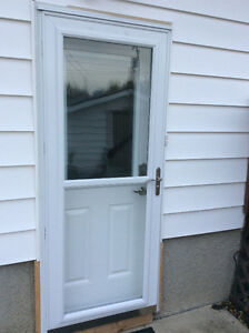 "Larson 32""x80"" Model 346-52 Storm Door - Brand new in box"