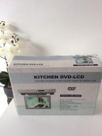 Kitchen Dve lcd TVs u. 2000 RRP 200£