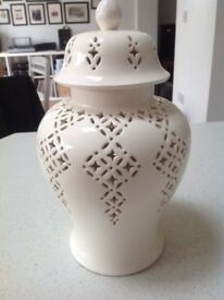 Leeds pottery creamware