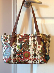 Crossbody and City Satchel Bags by Sakroots (The Sak)