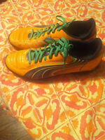 Men's and boys soccer cleats