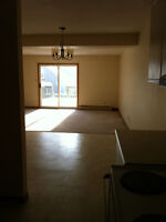 Gorgeous Four Bedroom Available.. Students Welcome!