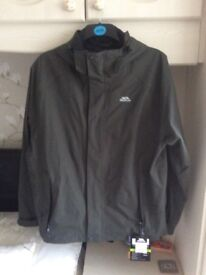 Gents Trespass waterproof jacket large size
