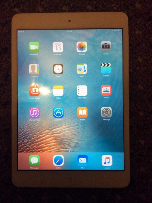 Apple iPad mini 16GB WIFIin Canning Circus, NottinghamshireGumtree - Apple iPad mini 16gb wifi work fine have marks on the sides and back from normal every day use screen has protector iPad comes alone no charger or accessories Serious buyers pls no swaps