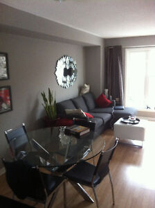 3 Bedroom Pickering Townhome walking distance to Go Train