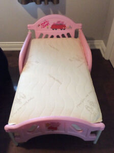 3 BABY ITEMS ** PRICES SLASHED HUGE !! ** OPEN TO OFFERS !!