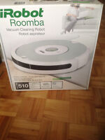 iRobot Roomba 510 - Vacuum Cleaning Robot - USED - still in box