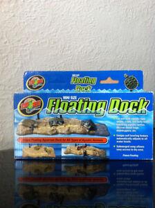 Aquarium floating dock