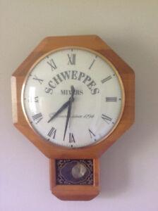 Horloge vintage, style école des années 1950