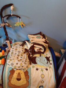 Animal themed crib set
