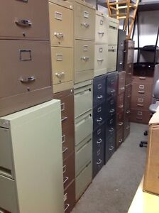 """LOTS OF SCRATCH AND DENT """"4-DRAWER FILING CABINETS FOR SALE Kitchener / Waterloo Kitchener Area image 3"""