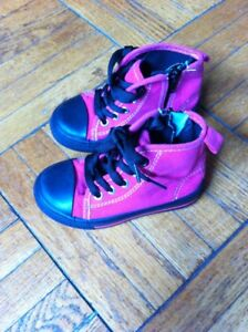 Girls running shoes,  size 8, brand new