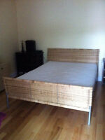 LIT QUEEN BED SIMMONS BEAUTYREST MATTRESS WICKER BED WITH TOPPER