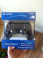 Ps4 controller sealed in box