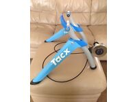 Tacx Saturi Smart Turbo Trainer