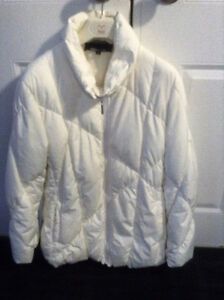 JONES NEW YORK DOWN JACKET, EXC. COND., WINTER WHITE