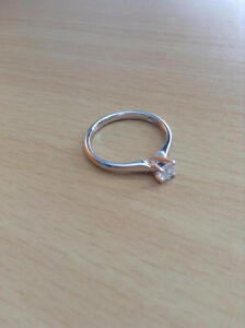 Used Diamond Engagement Ring [GREAT CONDITION]