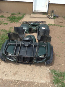 2002 grizzly 660 full set of plastics and other 02 grizzly 660 p