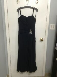 Midnight Blue Evening Gown from Lindgren's