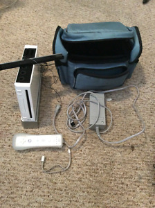 Nintendo wii+controller and carrying bag