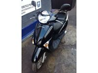 HONDA LEAD 110 1 YEAR MOT BLACK JUST HAD A SERVICE FOR SALE - STERLING