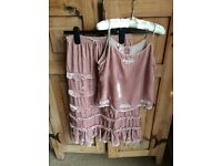 BEAUTIFUL GIRLS DUSTY PINK VELET TWO/PIECE 10-12 MONSOON