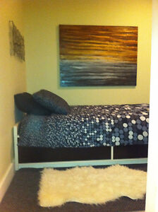 Fully furnished room in West Side Townhouse
