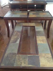 Tables de salon (4) en bois brun, dessus en ardoise
