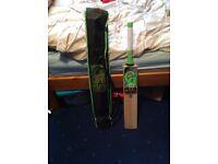Selling Ca 12000 cricket bat