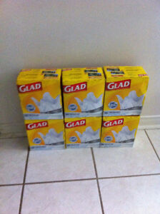 Glad Kitchen Catchers Garbage Bags, 100 Bags per Box