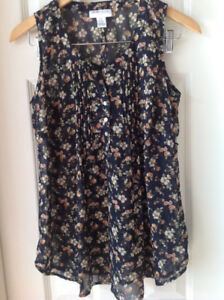 Motherhood - Printed floral blouse size small