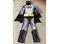Batman dressing up outfit age 7-8