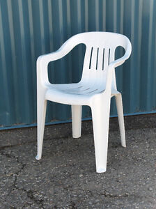 Plastic chairs - White Chairs - Patio Chairs - Armed Chairs
