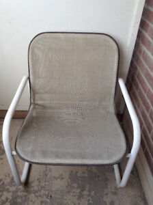 Set of 2 Retro Samsonite Patio Chairs – Excellent Condition